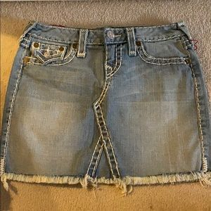 True Religion denim skirt logo pockets 24/26 NEW